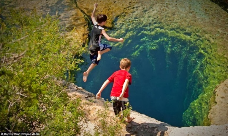 jacobs-well-16