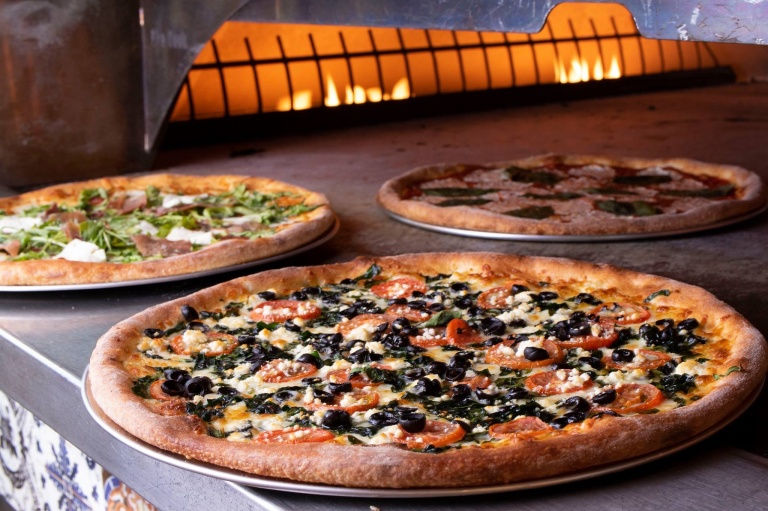 Russo's Delivers Delicious NY Style Pizza to the Gluten ...